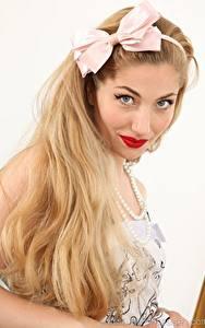 Desktop hintergrundbilder Stephanie Bonham Carter Haar Schleife Starren Blondine Mädchens