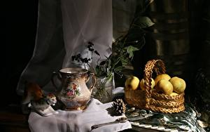 Fotos Stillleben Äpfel Armbanduhr Weidenkorb Kannen