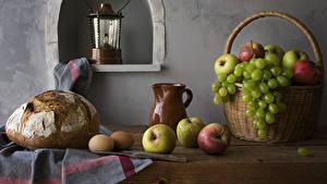 Desktop hintergrundbilder Stillleben Brot Äpfel Weintraube Weidenkorb Kanne Ei das Essen