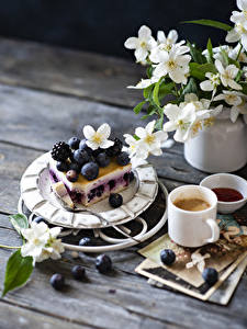 Wallpapers Still-life Little cakes Blueberries Blackberry Coffee Cappuccino Wood planks Branches Mug Food
