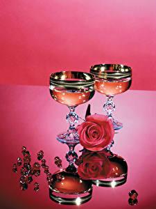 Fotos Stillleben Rose Champagner Schmuck Weinglas Zwei Blüte Lebensmittel