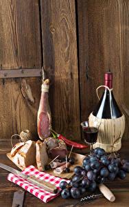Hintergrundbilder Stillleben Wein Schinken Weintraube Brot Wände Bretter Flaschen Dubbeglas
