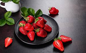 Wallpaper Strawberry Berry Plate Leaf Food