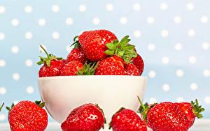 Fondos de escritorio Fresas De cerca Cuenco comida