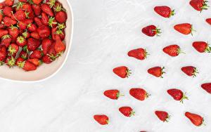 Bilder Erdbeeren Weißer hintergrund