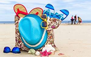 Fotos Sommer Handtasche Der Hut Flipflop Strand Brille
