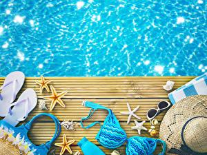 Hintergrundbilder Sommer Wasser Flipflop Brille Stern-Dekoration Der Hut