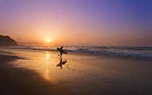 Bilder Sonnenaufgänge und Sonnenuntergänge Küste Wasserwelle Surfen Abend Sonne Strand
