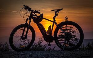 Hintergrundbilder Sonnenaufgänge und Sonnenuntergänge Fahrräder