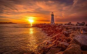 Bilder Morgendämmerung und Sonnenuntergang Leuchtturm Stein Küste Sonne Santa Cruz, Monterey Bay, Walton Lighthouse