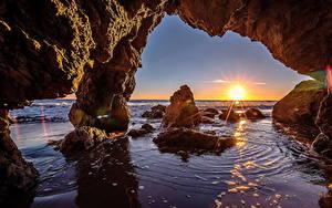 Bilder Sonnenaufgänge und Sonnenuntergänge Meer Ozean Sonne Felsen