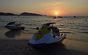 Hintergrundbilder Sonnenaufgänge und Sonnenuntergänge Meer Jet-Ski Strand Sonne