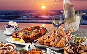 Bilder Sonnenaufgänge und Sonnenuntergänge Meeresfrüchte Hummerartige Meer Caridea Sonne Lebensmittel