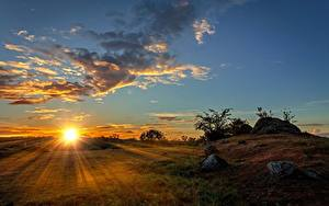 Hintergrundbilder Sonnenaufgänge und Sonnenuntergänge Himmel Grünland Sonne Lichtstrahl Wolke