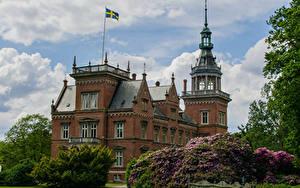 Fotos Schweden Burg Strauch Flagge Kulla Gunnarstorp Castle Städte