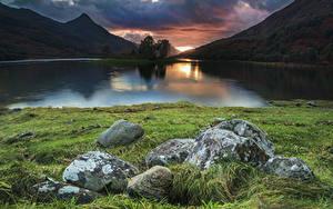 Fotos Schweden Gebirge See Sonnenaufgänge und Sonnenuntergänge Steine Gras Loch Leven Natur