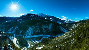 Fondos de escritorio Suiza Montañas Cielo Bosques Fotografía De Paisaje Sol árboles Cañón Alpes Ruinaulta