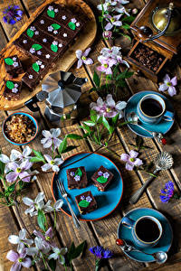 Bilder Servieren Kaffee Törtchen Bretter Tasse Getreide Ast Lebensmittel