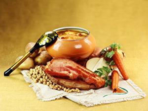 Fotos Tischdecke Stillleben Suppe Gemüse Speck