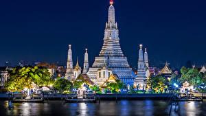Fotos Thailand Bangkok Tempel Fluss Bootssteg Lichtstrahl Nacht Städte