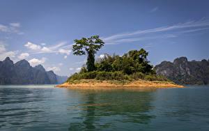 Desktop hintergrundbilder Thailand Park See Insel Berg Bäume Cheow Lan Lake Khao Sok National Park Natur