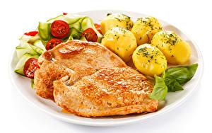 Hintergrundbilder Die zweite Gerichten Kartoffel Fleischwaren Gemüse Weißer hintergrund das Essen