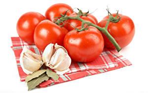 Hintergrundbilder Tomate Knoblauch Weißer hintergrund