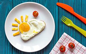 Hintergrundbilder Tomate Teller Spiegelei Design Sonne Lebensmittel