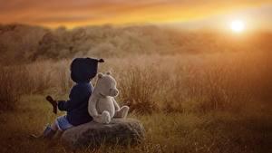 Hintergrundbilder Spielzeuge Morgendämmerung und Sonnenuntergang Knuddelbär Kinder