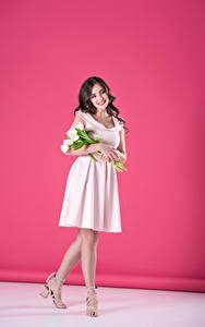 Bilder Tulpen Braune Haare Kleid Mädchens