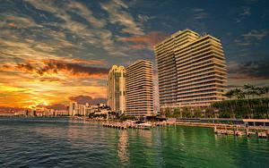Bilder USA Küste Sonnenaufgänge und Sonnenuntergänge Haus Seebrücke Miami Städte