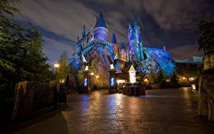 Fotos Vereinigte Staaten Disneyland Park Burg Kalifornien Anaheim Design Nacht HDRI Straßenlaterne Städte