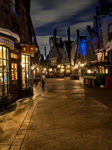 Bilder USA Disneyland Parks Gebäude Kalifornien Anaheim Design Straße Nacht Straßenlaterne Städte