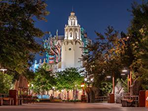Hintergrundbilder Vereinigte Staaten Disneyland Park Gebäude Abend Kalifornien Anaheim Design Straßenlaterne Städte