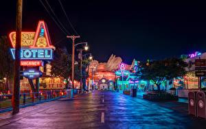 Fotos USA Disneyland Park Gebäude Wege Kalifornien Anaheim HDRI Design Nacht Straßenlaterne Städte