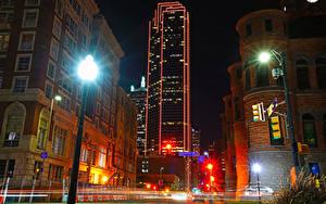 Hintergrundbilder USA Haus Straße Nacht Straßenlaterne Dallas