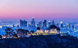 Fotos Vereinigte Staaten Haus Abend Kalifornien Los Angeles Megalopolis Lichtstrahl Griffith Observatory Städte