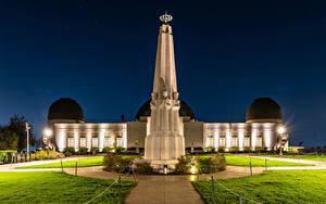 Fotos USA Haus Denkmal Los Angeles Kalifornien Nacht Straßenlaterne Rasen Griffith Observatory Städte