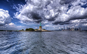 Hintergrundbilder USA Gebäude New York City Wolke Freiheitsstatue HDRI Städte