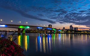 Hintergrundbilder USA Gebäude Fluss Brücke Himmel Abend Kalifornien Straßenlaterne Long Beach