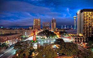 Fotos Vereinigte Staaten Gebäude Straße Texas Straße Nacht Straßenlaterne San Antonio