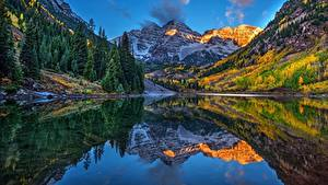 Hintergrundbilder USA Gebirge See Landschaftsfotografie Spiegelt Maroon Bells, Aspen, Colorado