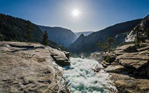 Hintergrundbilder USA Gebirge Steine Wasser Park Sonne Yosemite Nevada Fall