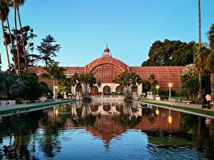 Bilder USA Park Gebäude Teich San Diego Kalifornien Straßenlaterne Palmengewächse Balboa Park