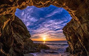 Bilder USA Sonnenaufgänge und Sonnenuntergänge Küste Wasserwelle Felsen Sonne Malibu