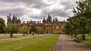Hintergrundbilder Vereinigtes Königreich Haus Eigenheim Rasen Bank (Möbel) Bäume Waddesdon Manor Städte