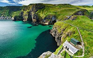 Desktop hintergrundbilder Vereinigtes Königreich Gebirge Küste Felsen Von oben Ballintoy, County Antrim, Northern Ireland Natur