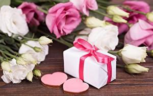 Bilder Valentinstag Geschenke Herz Blüte