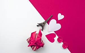 Hintergrundbilder Valentinstag Herz Geschenke Eiffelturm Souvenirs