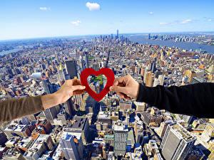 Bilder Valentinstag Megalopolis Hand Herz Von oben